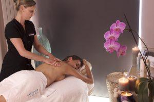 Massage relaxant à la thalasso de Bénodet