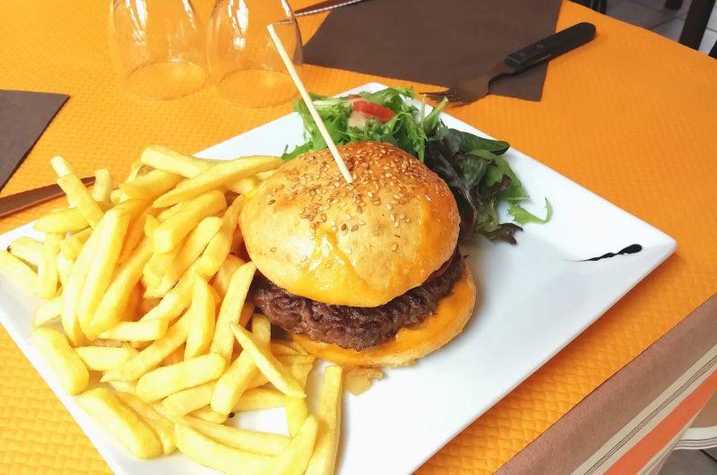 la-yole-pizzeria-restaurant-port-la-foret (6)